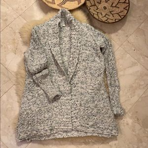 BB Dakota cardigan sweater